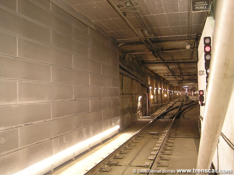 El Metro De Barcelona - L U00ednia L3